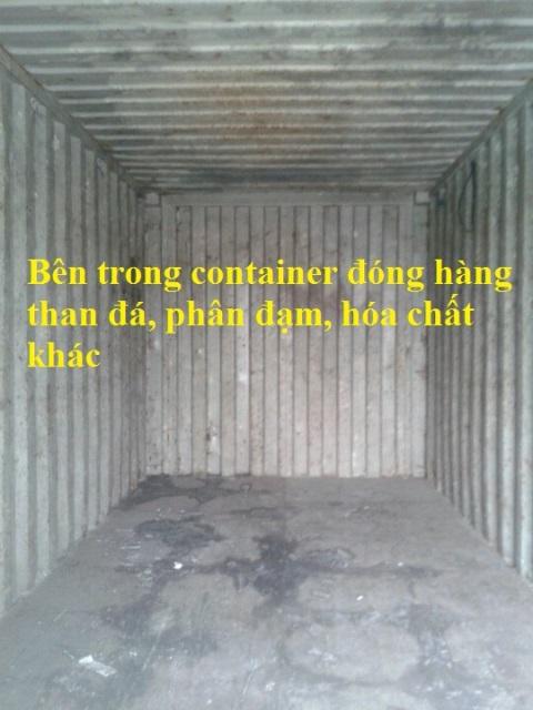 Bên trong container kém chất lượng chở hóa chất- than đá